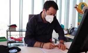 Salvini confarca scuole guida coronavirus