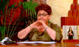Bellanova si commuove durante la presentazione del decreto Rilancio