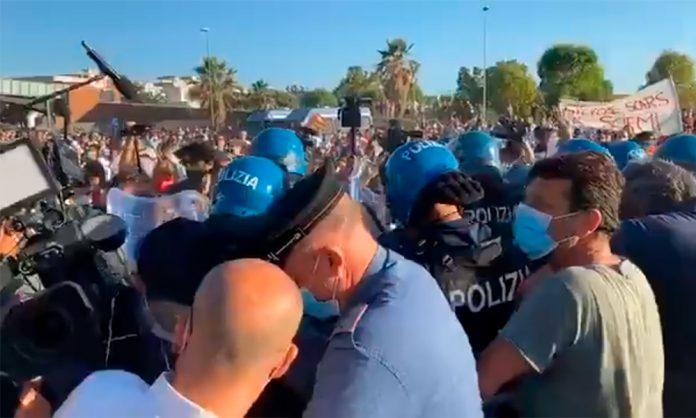Salvini a Mondragone