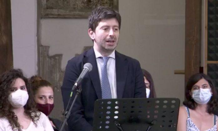 Il ministro Speranza a Napoli