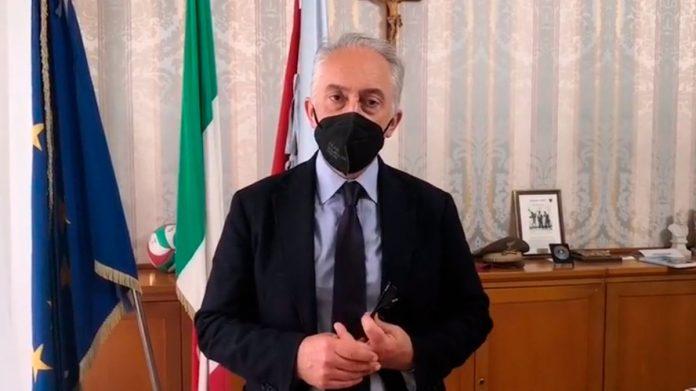Il sindaco Carlo Marino
