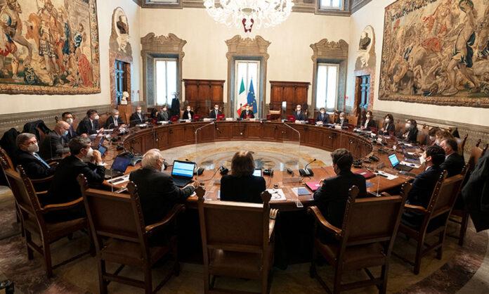 Il Consiglio dei Ministri (foto Governo.it)