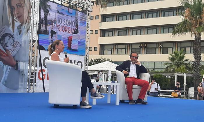Giorgia Meloni a Napoli