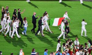 La delegazione italiana alla cerimonia di chiusura
